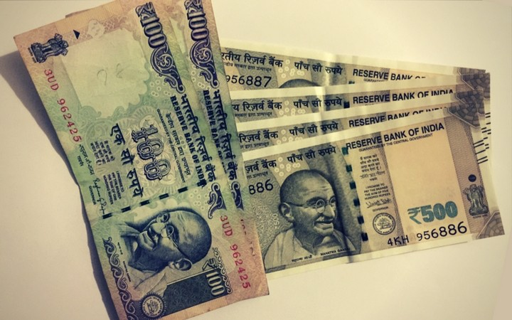 How much currency can I carry to India and out of India - Indian currency notes